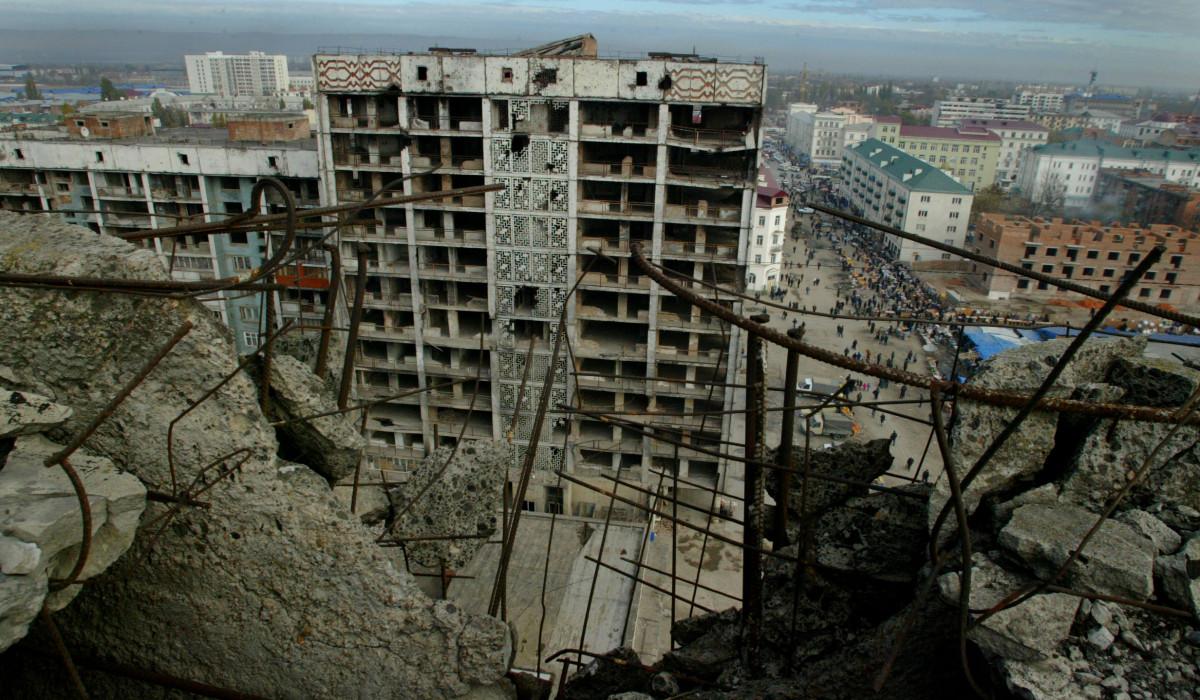 9.11.06.Grosny zwischen  Zerstörung und Wiederaubau